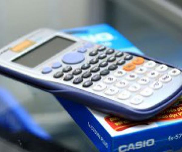 Máy Tính Casio FX 570 VN Plus
